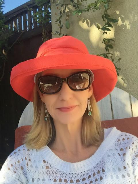 coral sun hat
