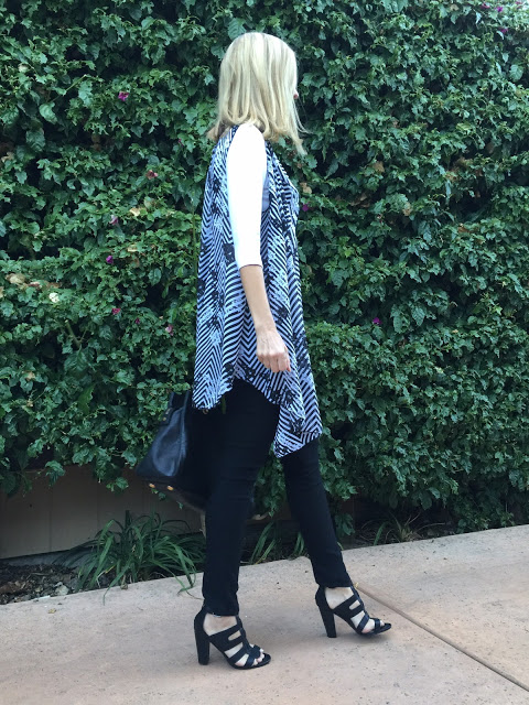 flattering outfits for over forty