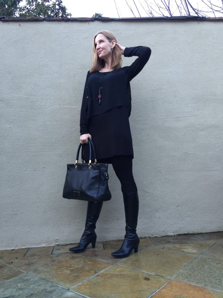 tunic and leggings. wearing leggings over forty, trendy over 40