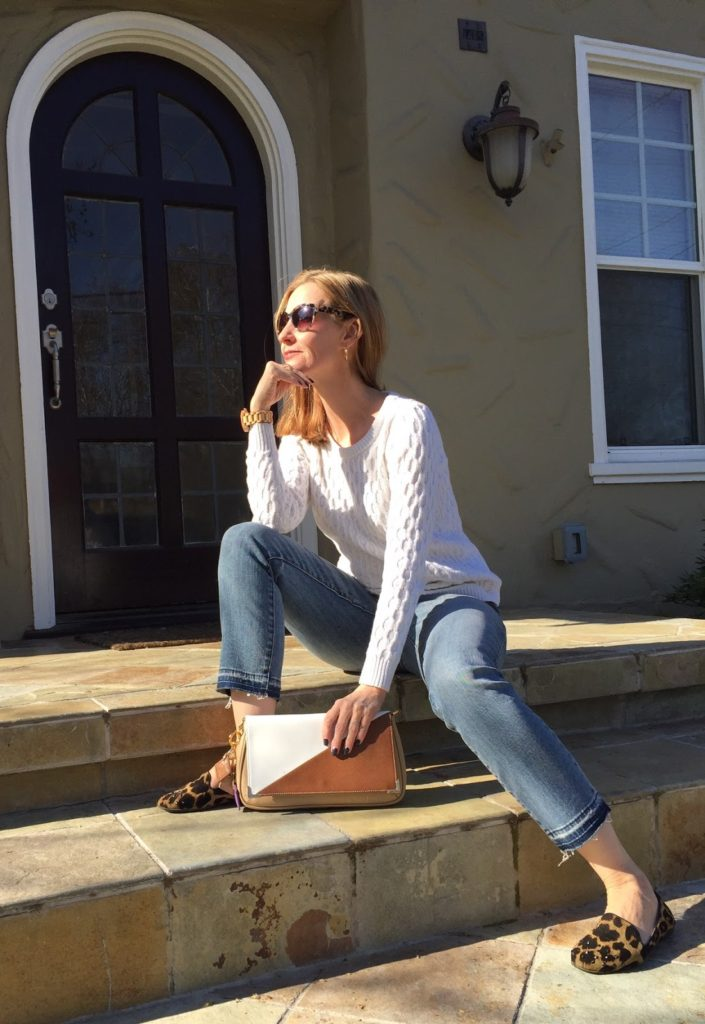 casual style over forty, how to dress casual and chic over forty
