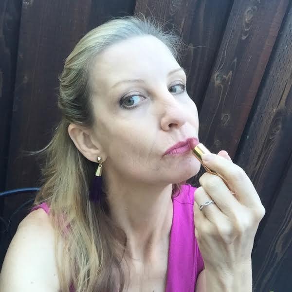 rich creamy lipstick