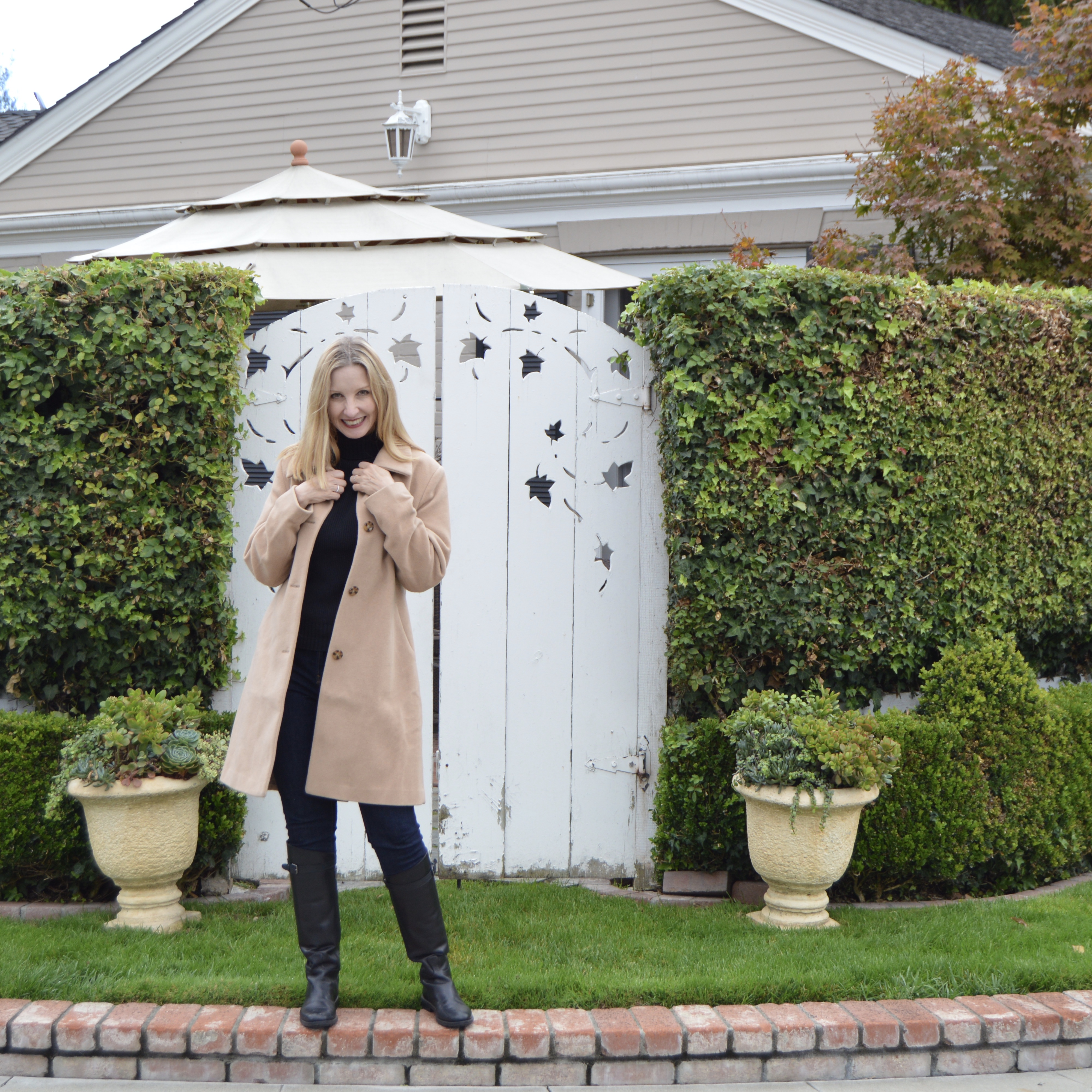 fashion over 40, the perfect wool coat, classic style over 40