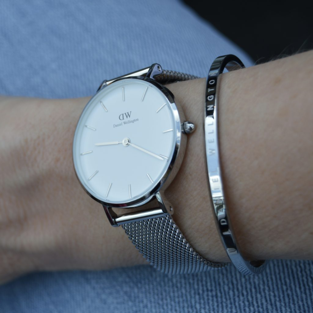 daniel wellington classic petite sterling watch review. Black Bedroom Furniture Sets. Home Design Ideas