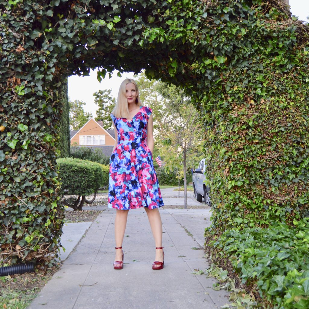 dresses with pockets, fit and flare flattering dresses