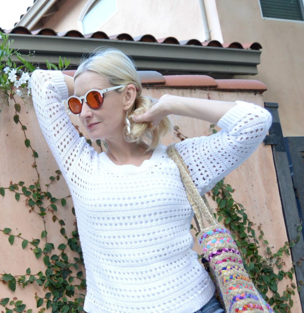 Winkwood sunglasses giveaway, casual style over 40