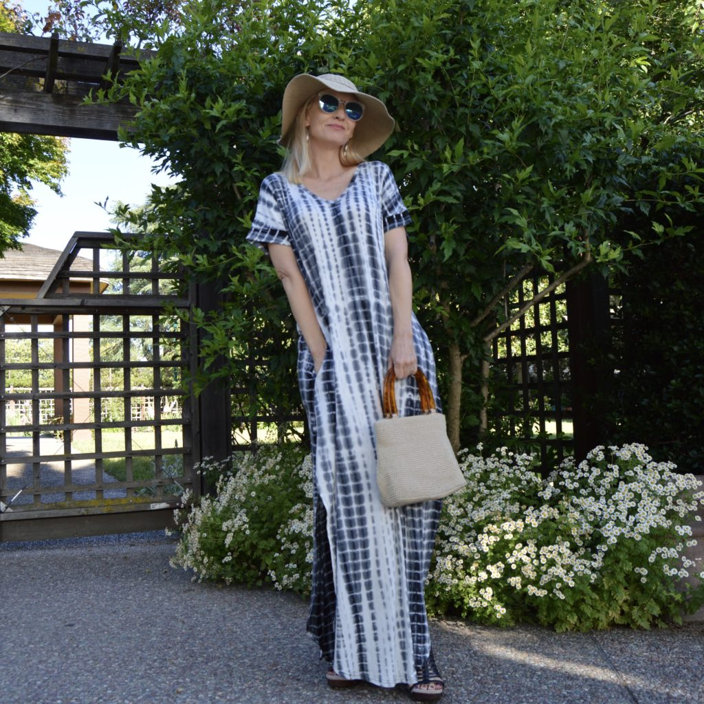 comfortable maxi dress with pockets