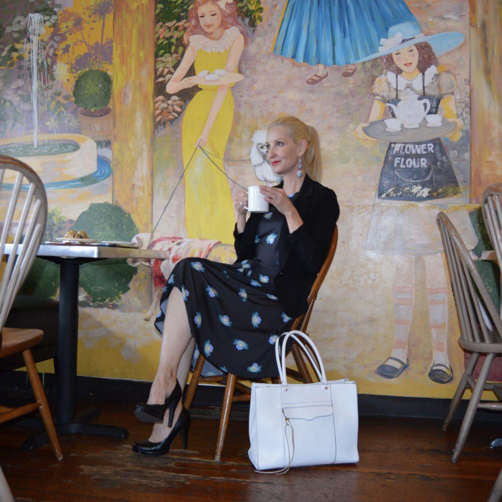 Karina Dresses Katharine in C'est Bon, Flower Flour in Willow Glen