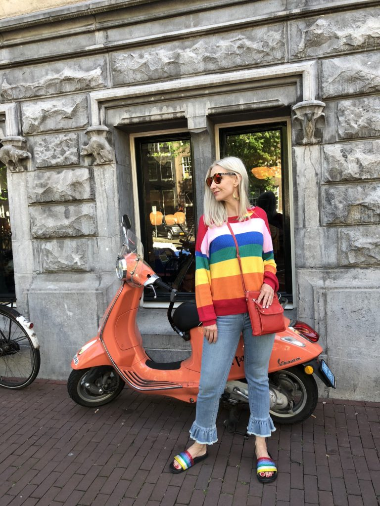 travel style over 40, rainbow trend over 40