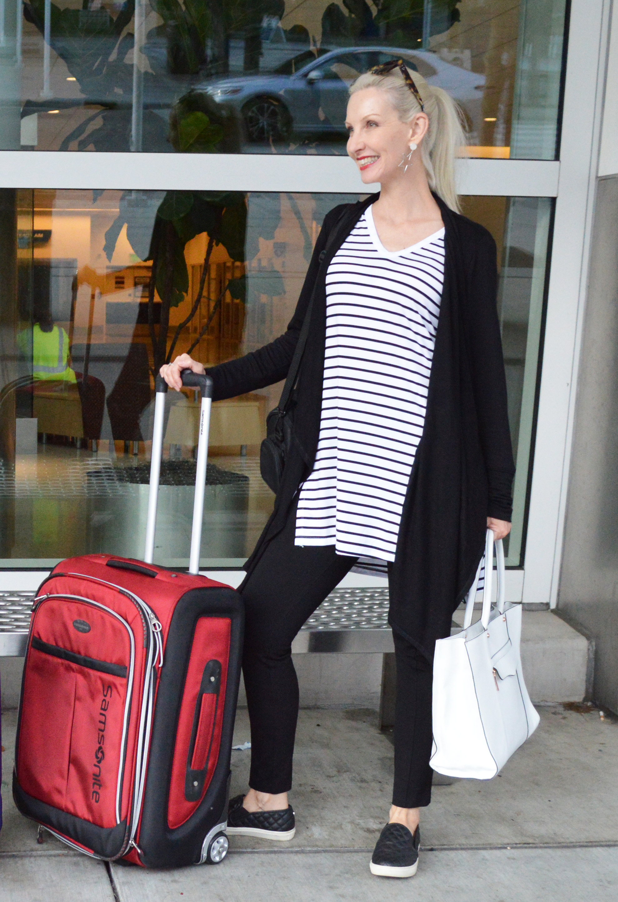 434a1db3fc3d6 NYFW Travel Look with Soma (  Link Up) - Fashion Should Be Fun