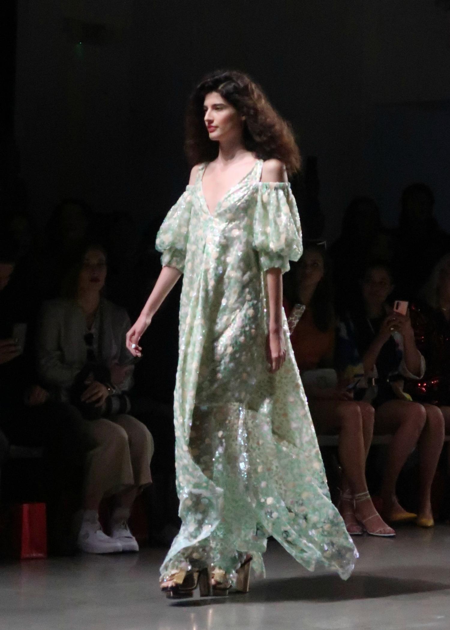 romantic dresses for spring 2020
