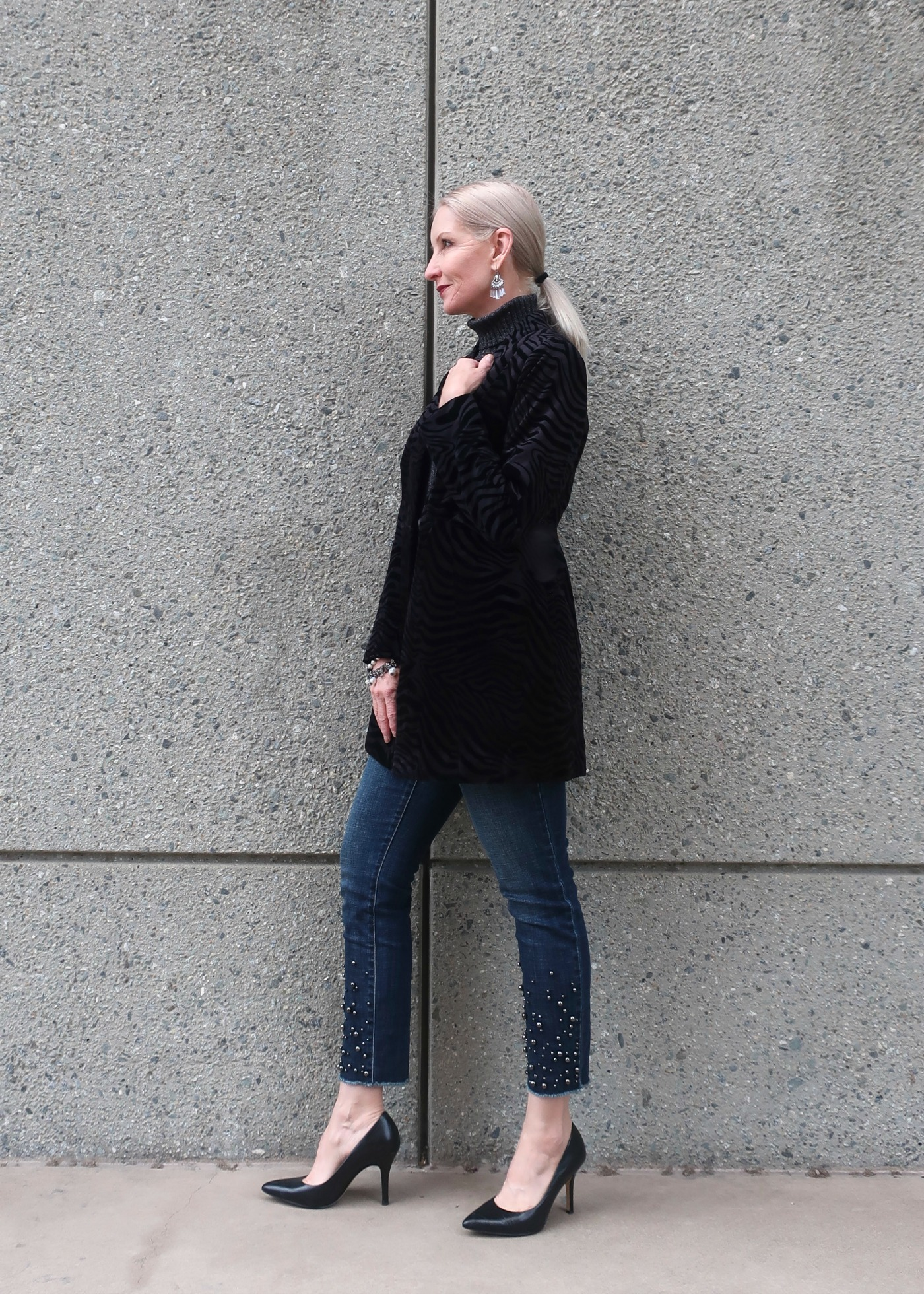 longline velvet blazer with zebra pattern