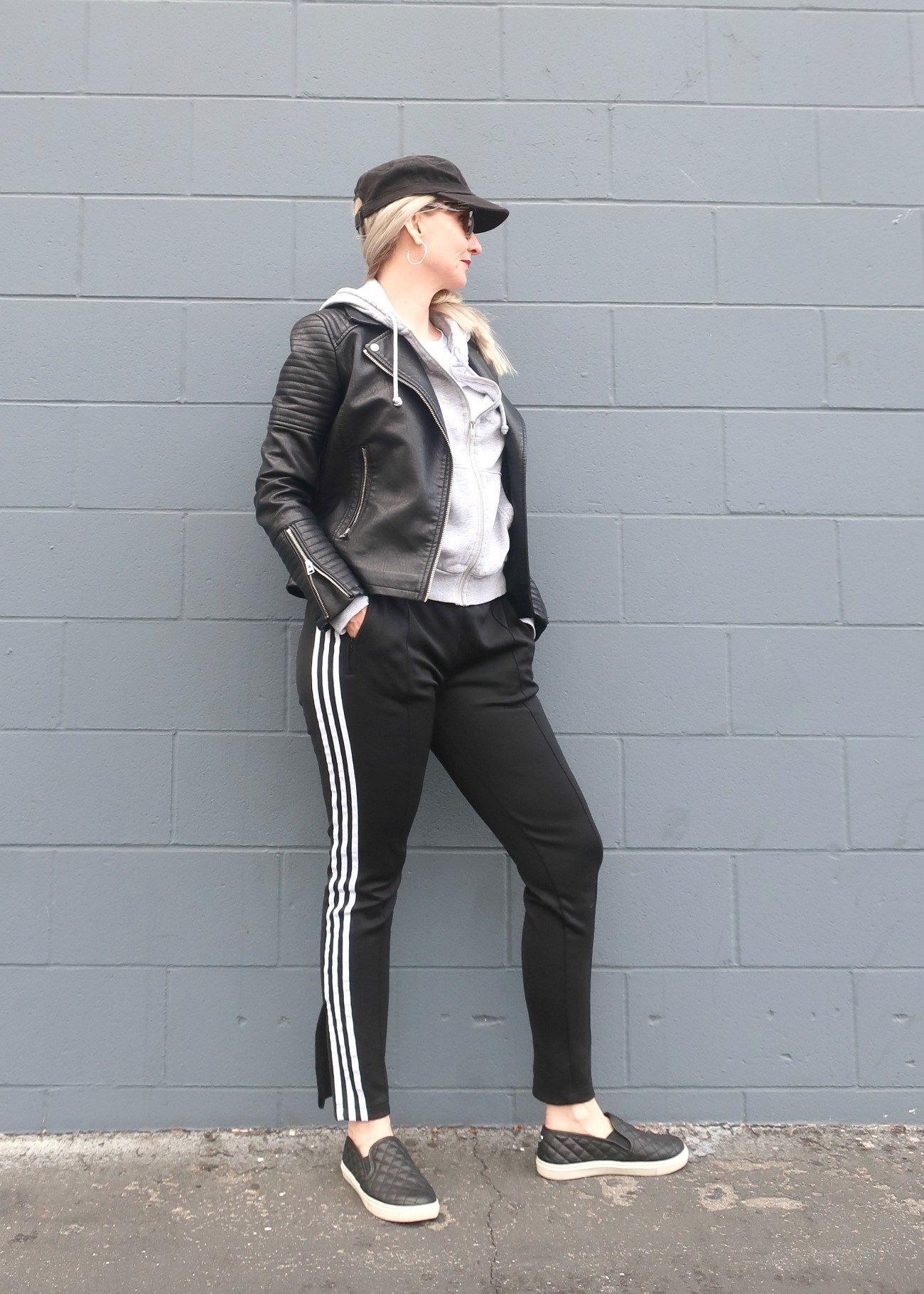 casual weekend style, athleisure style