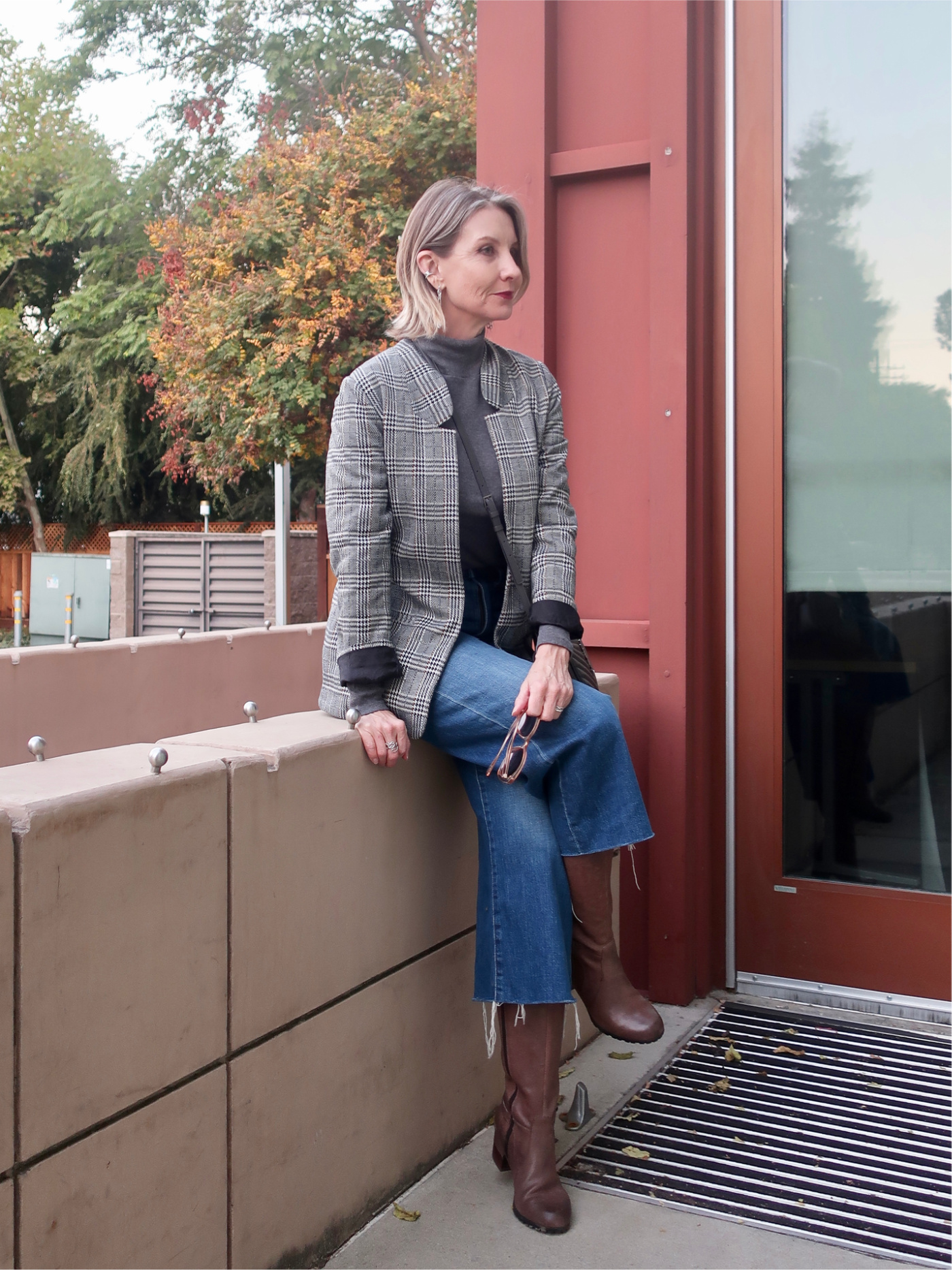 fall outfit idea for women over 50