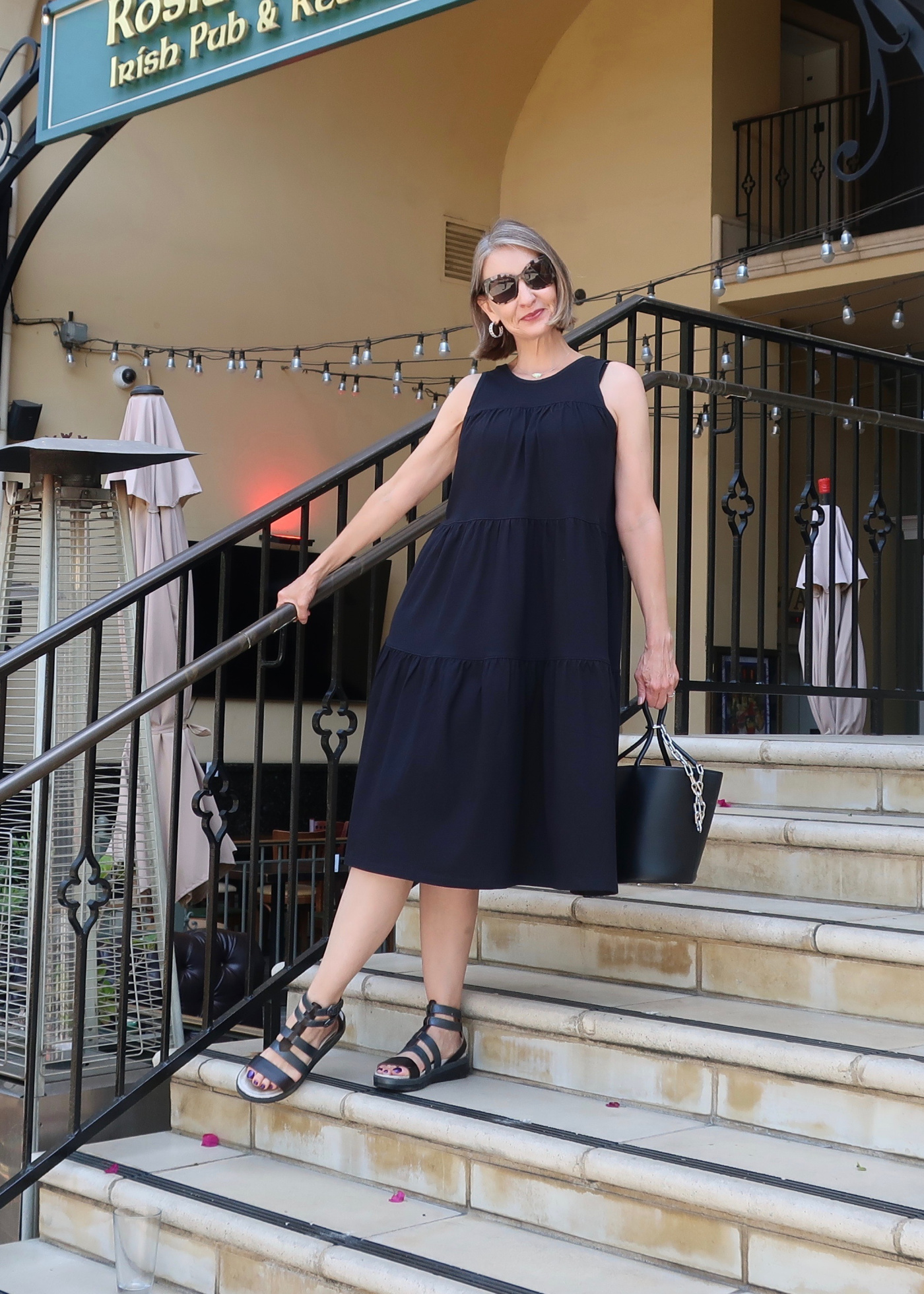 Everlane's The Weekend Tiered Dress review